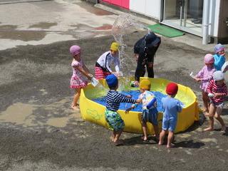 水遊び2.JPG