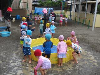 水遊び4.JPG