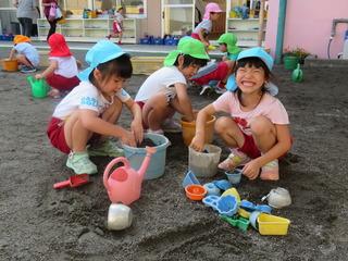 砂遊び.JPG