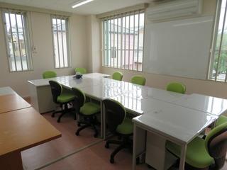 職員室1.JPG